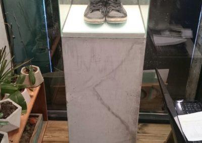 Стойка из бетона